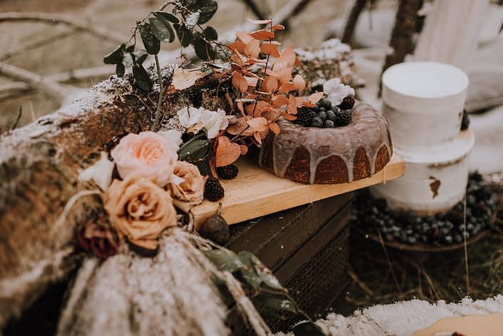 Fall styled shoot with down the aisle food and flowers
