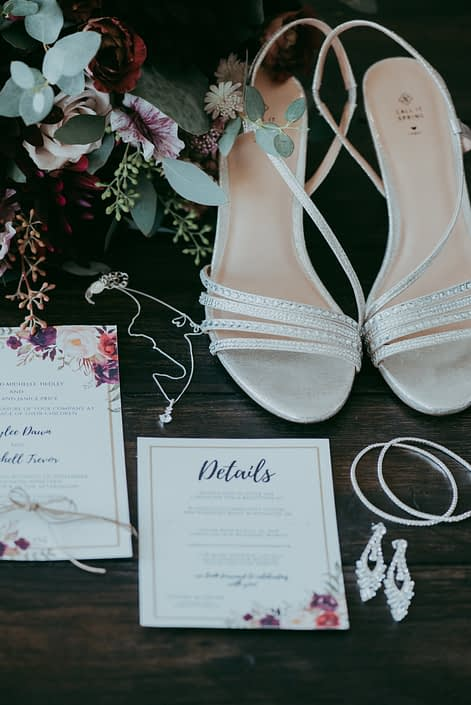 Rustic Burgundy and Dusty Rose Bridal Details