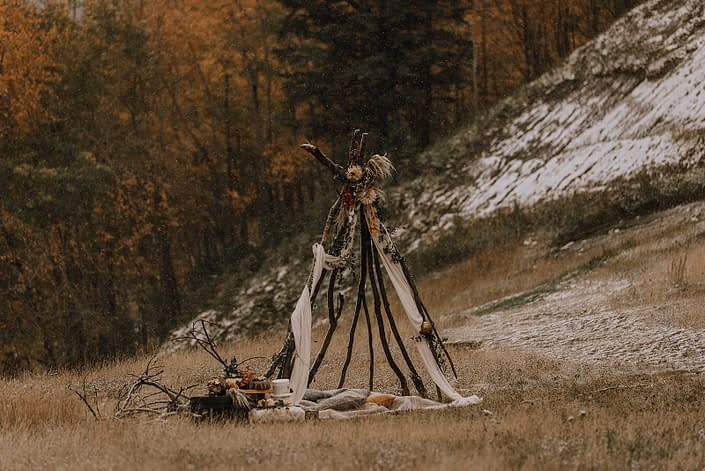 Fall tee pee for down the aisle fall styled shoot with flowers